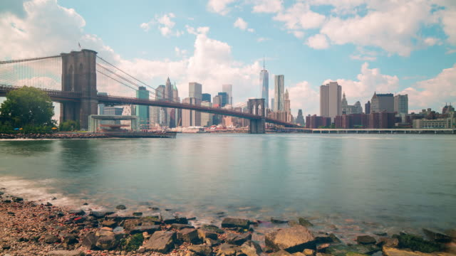 sunny day broolkyn bridge panoramam 4k time lapse from new york video
