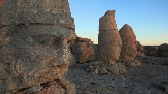 HD: Sunrise; Sculptures of the Commagene Kingdom, Nemrud Mountain,Turkey video