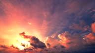 Coucher du soleil et Fonds de nuage mouvement - Vidéo