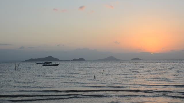 Sunset and tide in Labuan Bajo video