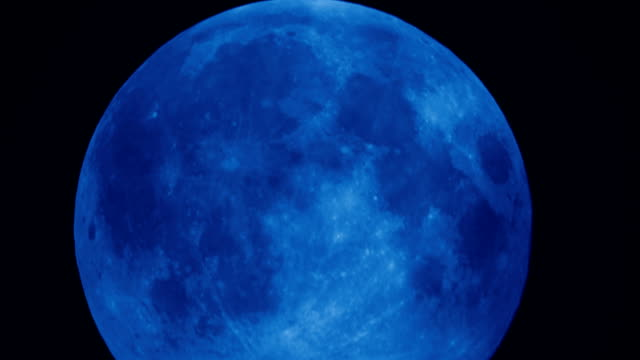 Super full moon in night sky HD Time Lapse Video video