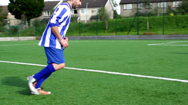 Super Slow Motion, Football, Soccer Player scores amazing Free Kick video