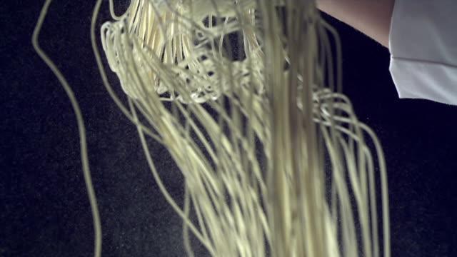 HD Super Slow-Mo: making noodles video