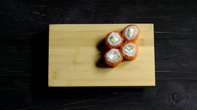 Sushi set video