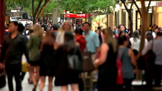 Sydney city crowds video