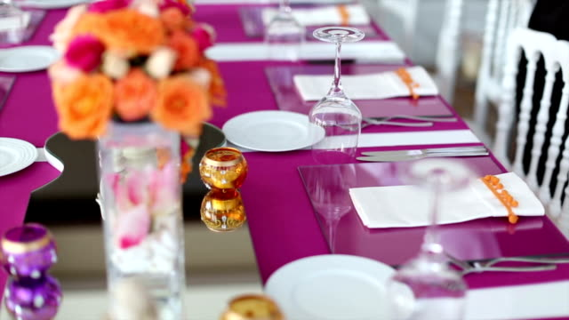 Table Setting video