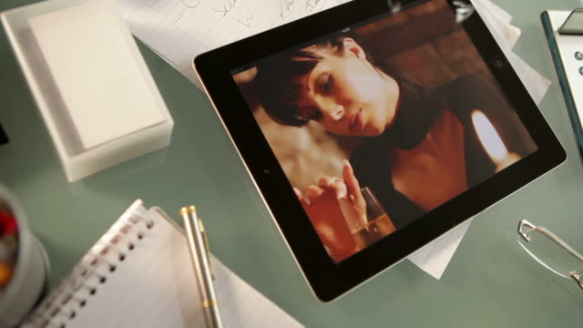 tablet flirting           GL CO video