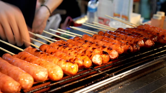Taiwanese sausage grill video