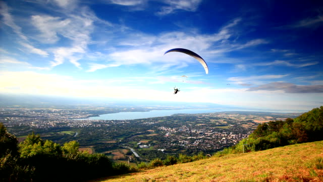 take off paraglider video