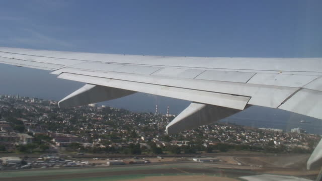 HD: Takeoff. Commercial Aircraft Takes Off.  Time Lapse video