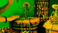 Tamtam Party with Skeleton, Mardi-Gras video