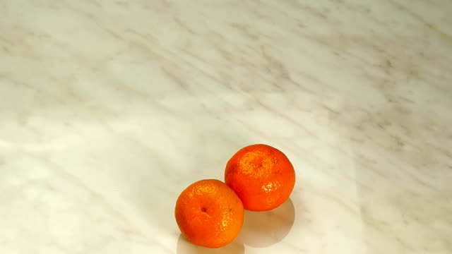 tangerines appear in the form of heart video