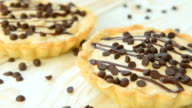 Tartlet with custard and chocolate video