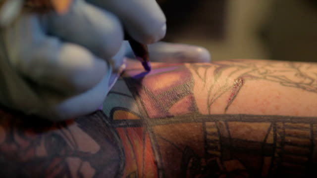 Tatto Artist video