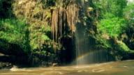 Tee lor su waterfall Tak Thailand video