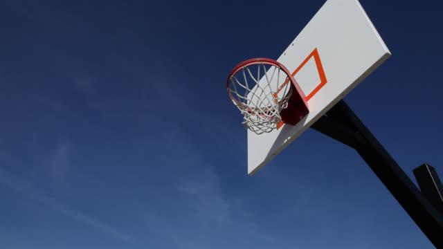 Teen dunks basketball video