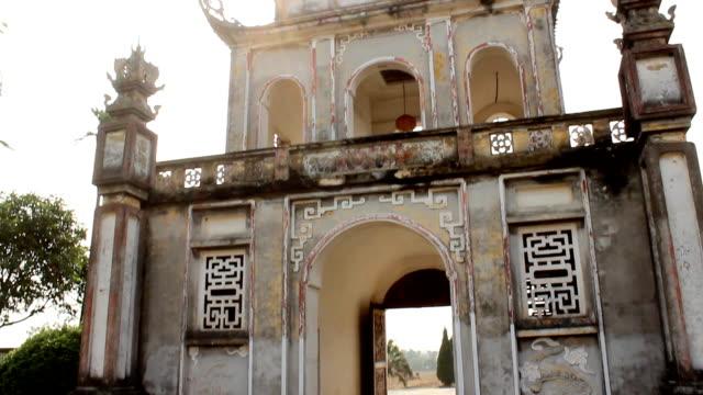 temple in Vietnam video