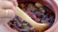 Testi Kebab a traditonal Ottoman dish video