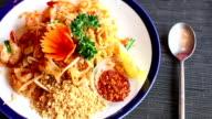 thai food 'Pad Thai' video