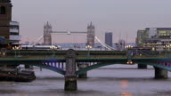 Thames, London, time lapse      CI COM video