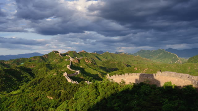 The great wall of China, Day To Night Time Lapse, Zoom in video