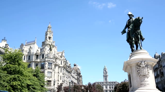 The monument of the king Pedro IV on the main square of Porto, Portugal video