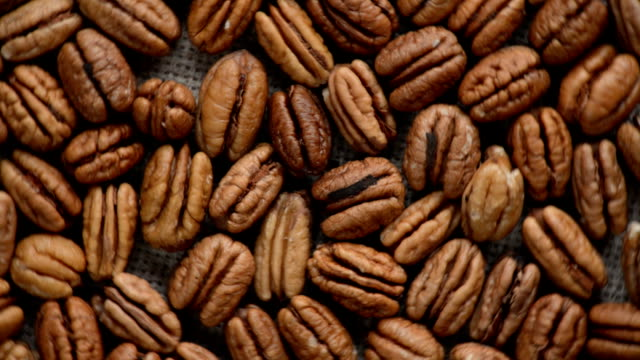 The nut pecan rotates on the turntable. video