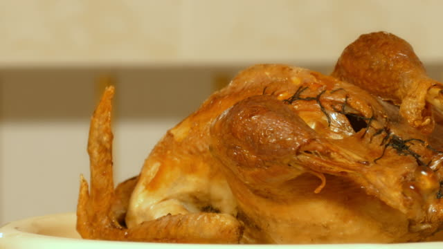 the turkey stuffed with apples video