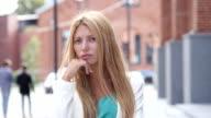 Thinking Pensive Girl, Brainstorming video