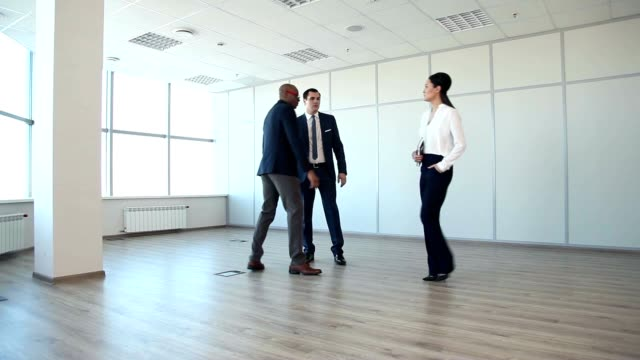 This Spacious Office - a Good Offer for This Money video