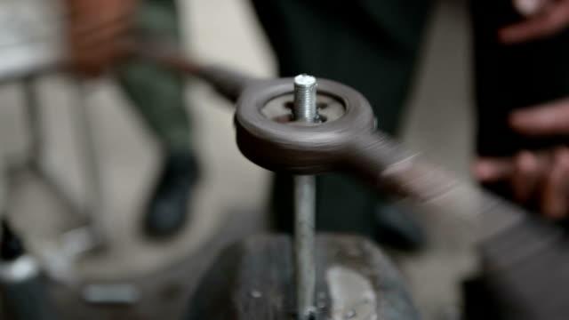 Threading nut. video