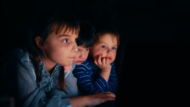 Three Girls with a Laptop video