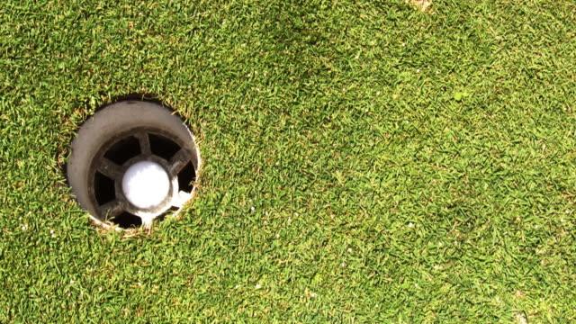 Three Golf Putts video