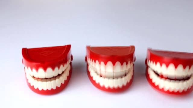 Three sets of chattering teeth video