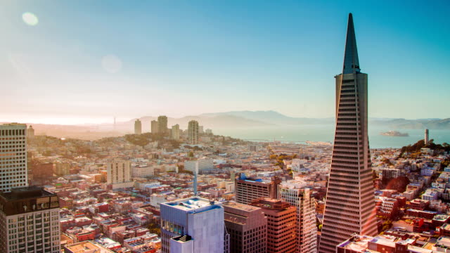 Time Lapse -  Amazing San Francisco Skyline at Dusk video