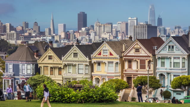 Time lapse at the Painted Ladies at Alamo Square video