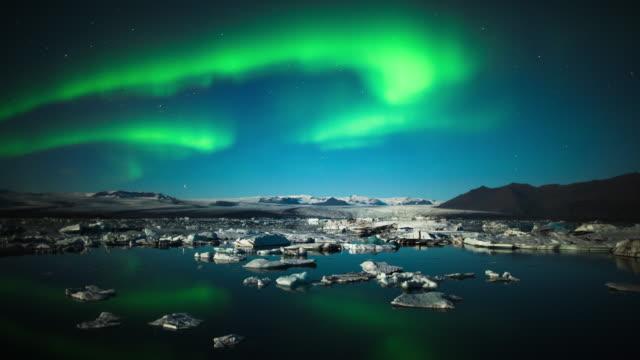 Time Lapse: Aurora Borealis over Jokulsarlon - Iceland video