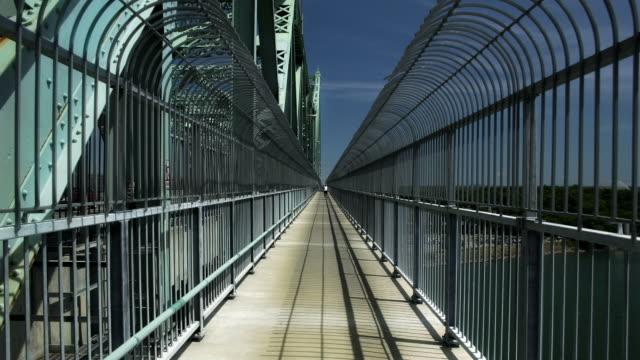 Time Lapse, Crossing a Bridge (Jacques Cartier) video