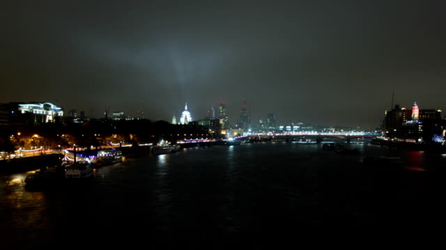 Time Lapse of London's Blackfriars Bridge with River Thames video