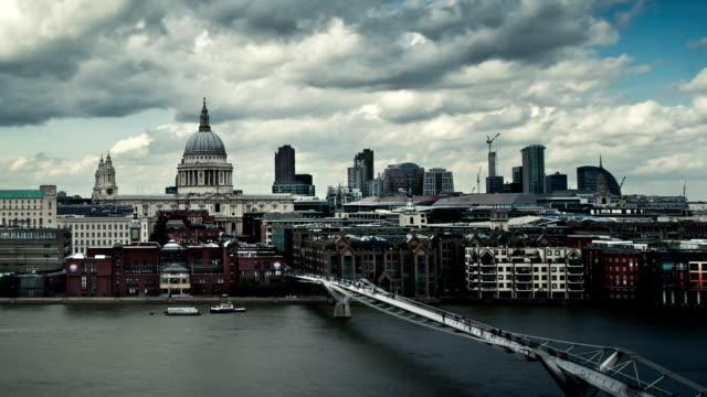Time lapse of Millennium Bridge in London video