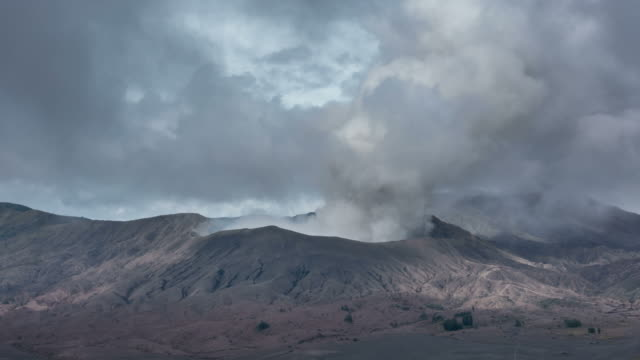 Time lapse of Mount Bromo volcano during sunrise in East Java, Indonesia. video