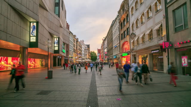 4K Time Lapse : Pedestrian crowded at Central Square Marienplatz video