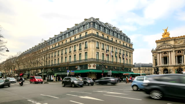 HD Time Lapse : Plaza Opera in Paris video
