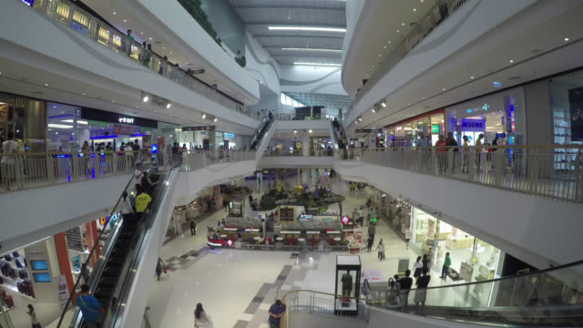 4K Time lapse shopping mall video