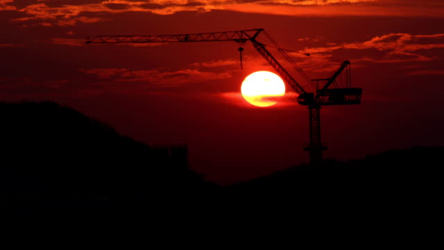 Time Lapse : sunset construction video