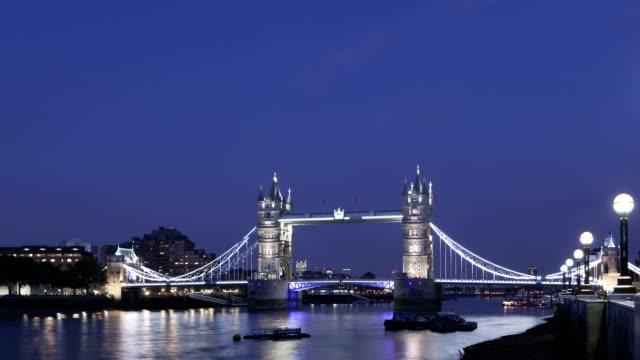 Time lapse Tower Bridge London twilight video
