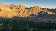 UHD Time lapse:Panning shot of Leh city with Leh Palace at sunset- Ladakh, India video