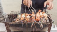 4K Time-lapse : Chef made shrimp barbecue on hot coal. video