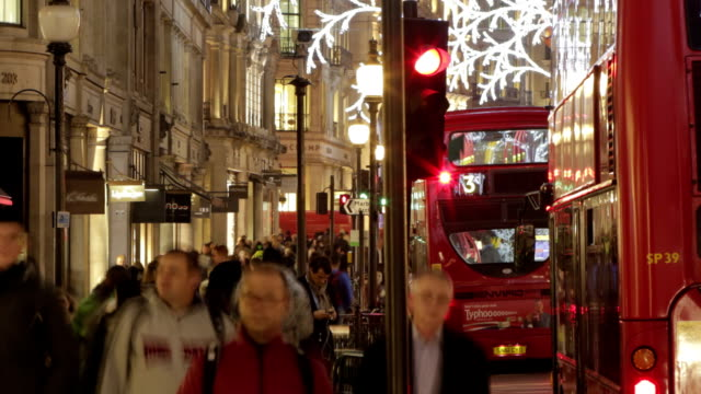 Timelapse Christmas London street  CH  URB video