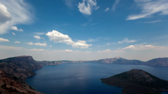 Timelapse Crater Lake National Park zoom in video